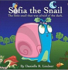 6a4ce503732dcbfa313a_sofia_snail_pic.GIF