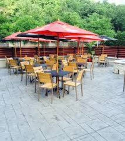 Top_story_378e764a14a334b06bc1_grillestone_outdoor_patio