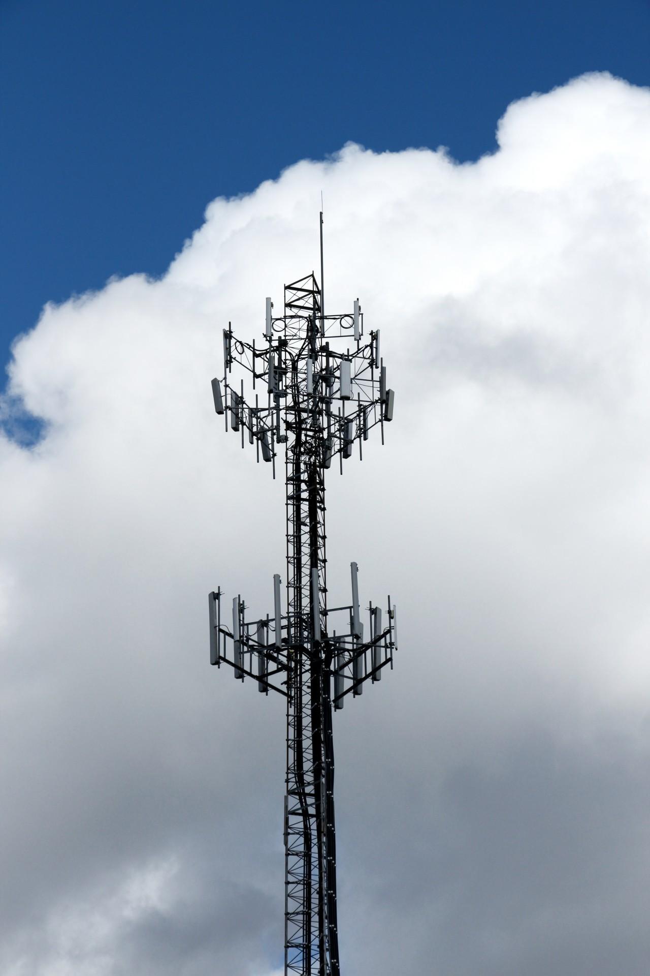 6d9e6d6c82bcdabdb638_radio-tower-against-cloud.jpg