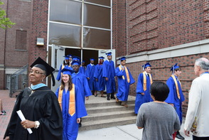 CBS News Anchor Jim Axelrod Takes Selfie During Commencement Address to 522 Montclair H.S. Graduates, photo 5