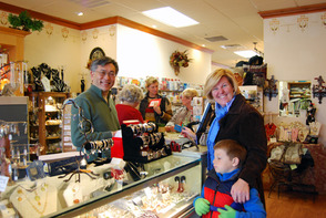 'Shop Small' Saturday Boosts Local Businesses, photo 1
