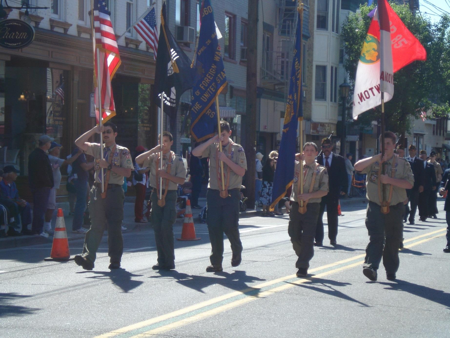 f8cf5c86dca434ae077c_Memorial_Day_Parade_003.JPG
