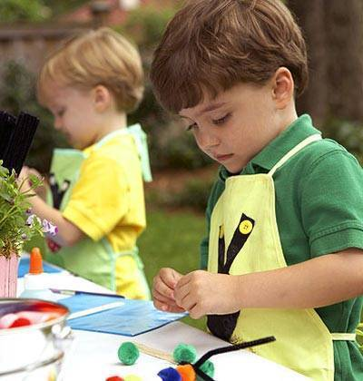 98334dfc79e029534a08_e5d3b1e46e09e5bee233_art-projects-for-kids.jpg