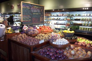 Fresh Produce: Conventional, Local & Organic options