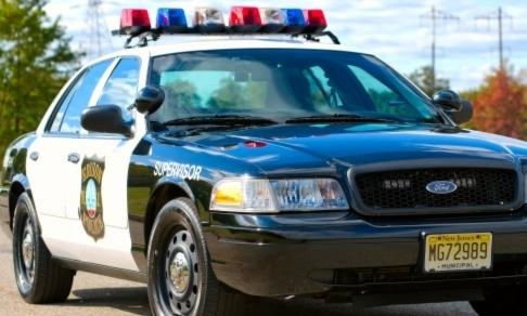 5732e9bdfde73e9c25c5_2007_Ford_Crown_Victoria_Police_Interceptor.JPG