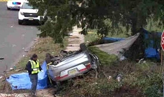 dbf0d9c8063a2b35ef01_Car_crash_devaney1.jpg