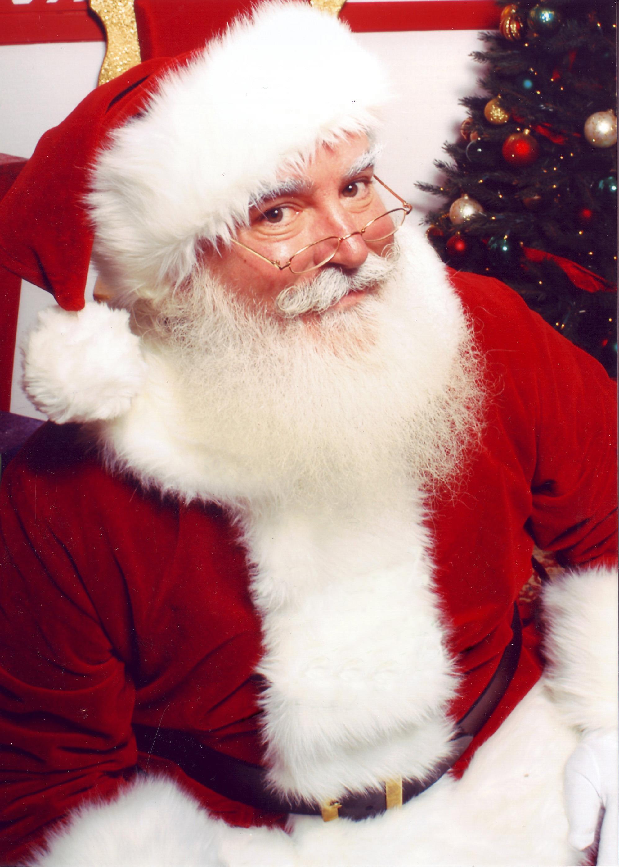 a9915912991db9e139c4_Santa_Claus.jpg