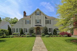 David Realty Group has a Beautiful New Listing in the Garden Section of Westfield!