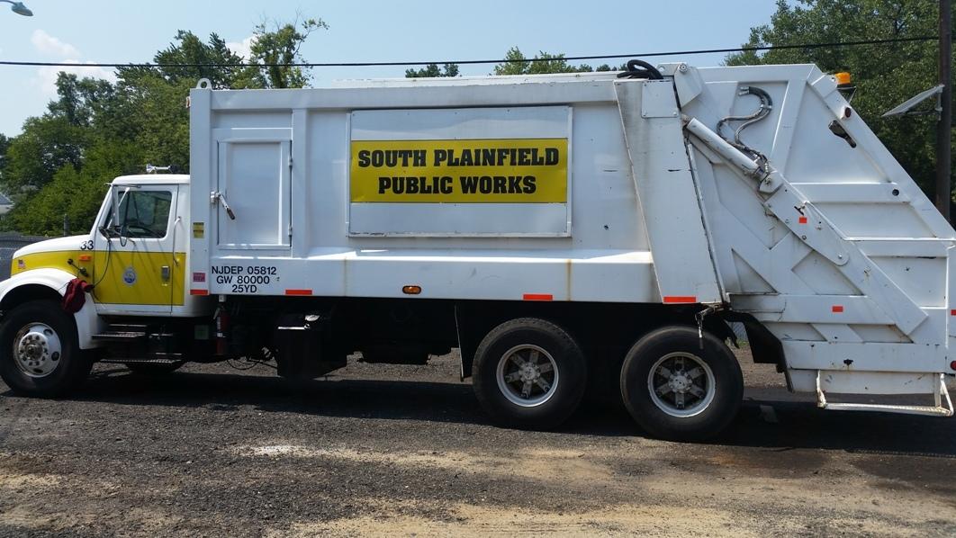 63b96315fb71c185fd9d_garbage_truck_DPW.jpg