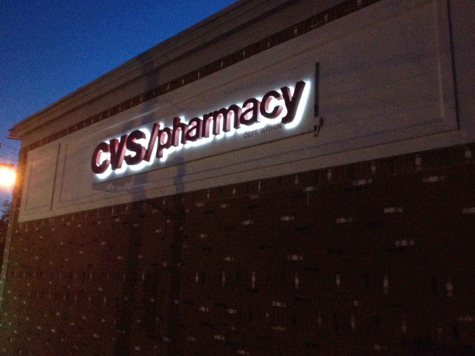 heavy snow causes partial collapse of roof at cvs pharmacy no