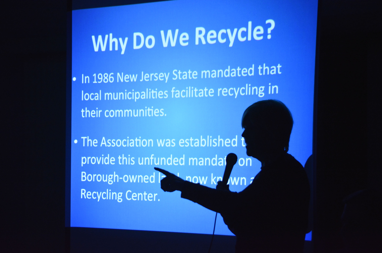 aef0cc9ba42299be3669_Mahr_-_Why_do_we_recycle.jpg