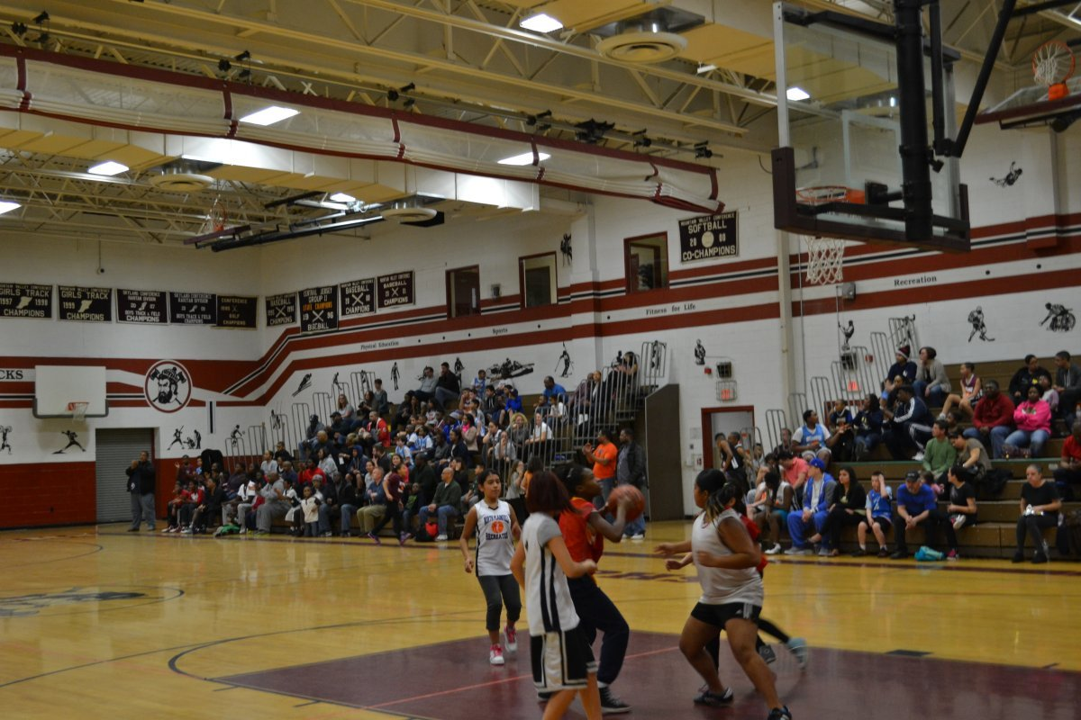 Basketball festival brings excitement to more than 150 for How much to build a basketball gym