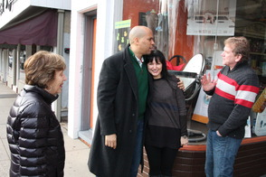 Cory Booker makes a stop at Suki's