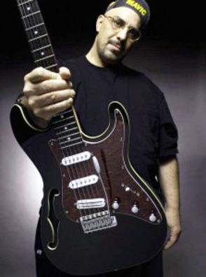 Pat DiNizio to Headline Music Fest 2014