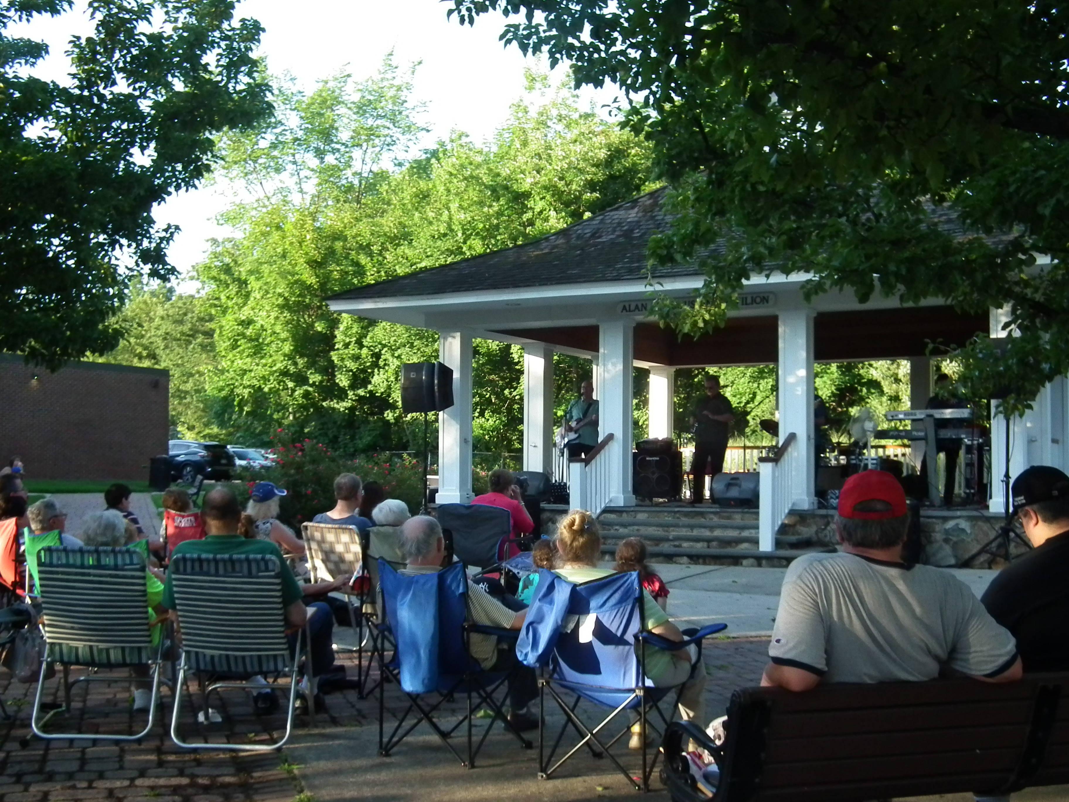 summer concert series u0027family fun nights u0027 kicks off with hits of