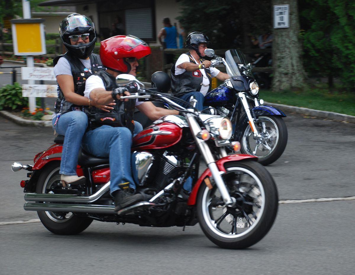 6cf9cc9e19871ca8e70b__riders2.jpg