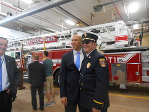 Sen. Cory Booker and Rep. Leonard Lance Visit Berkeley Heights To Present $185,360 Federal Grant For Firefighter Assistance, photo 4