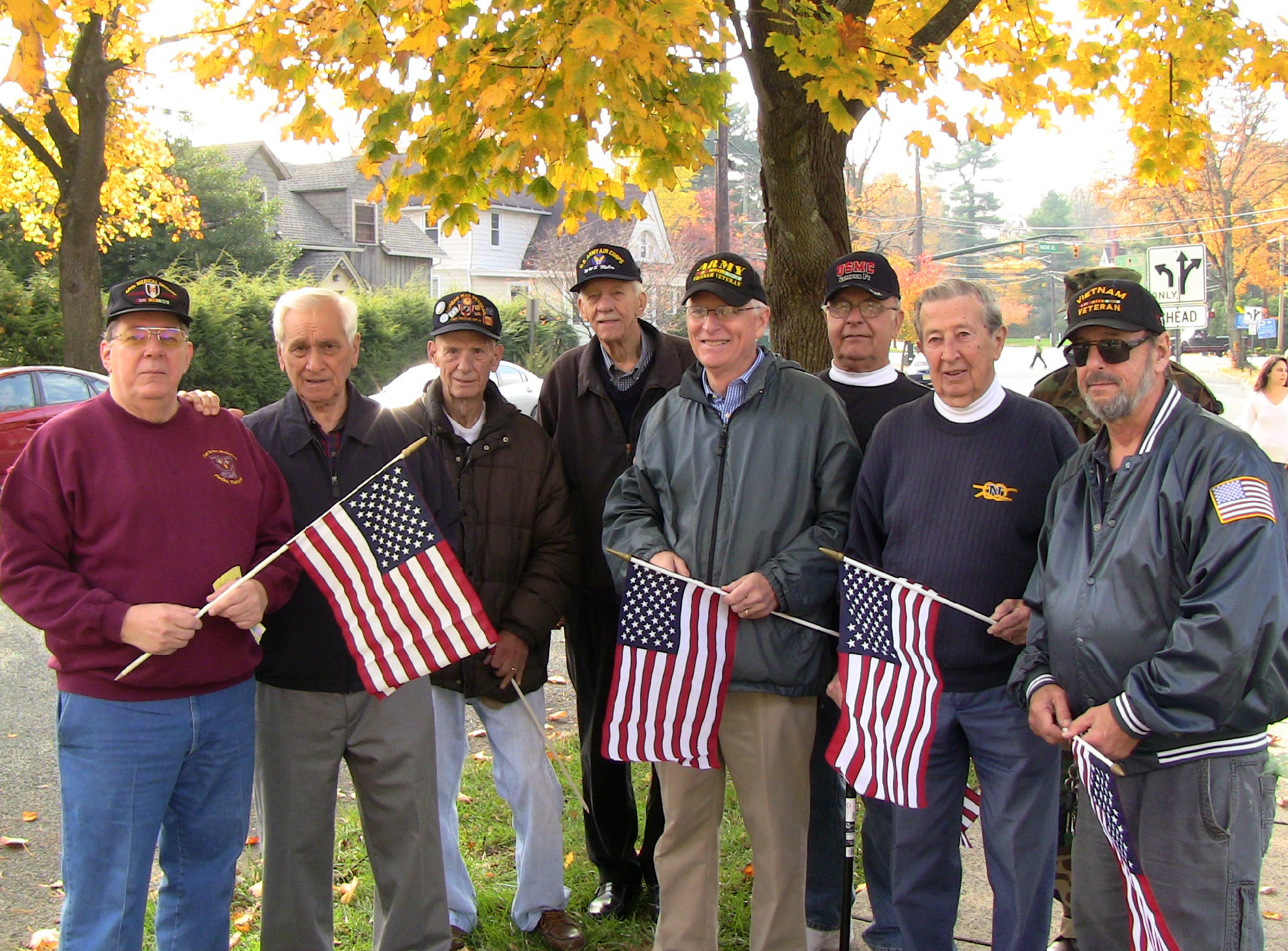 9dee73b95208317a3d92_Veterans_gather_at_Fanwood_ceremony.JPG