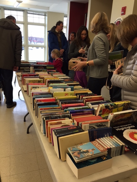 8df296a941f9feb7de0f_books_for_all_ages.JPG
