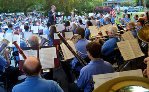 Carousel_image_69bd2347e9c3b28c837c_memorial_day_concert_-_bands_eye_view
