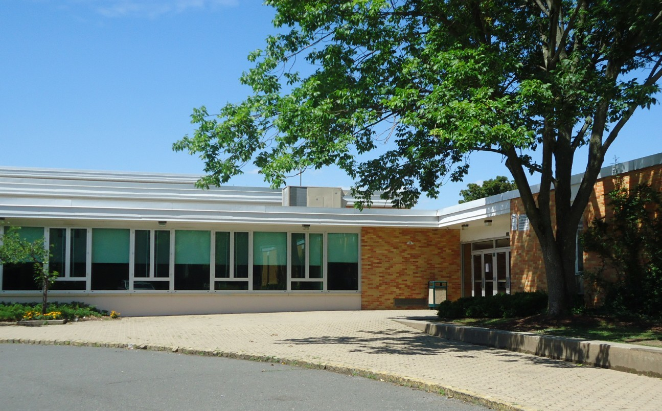 25fed945a1b5babc155a_New_Providence_NJ_school_entrance.jpg