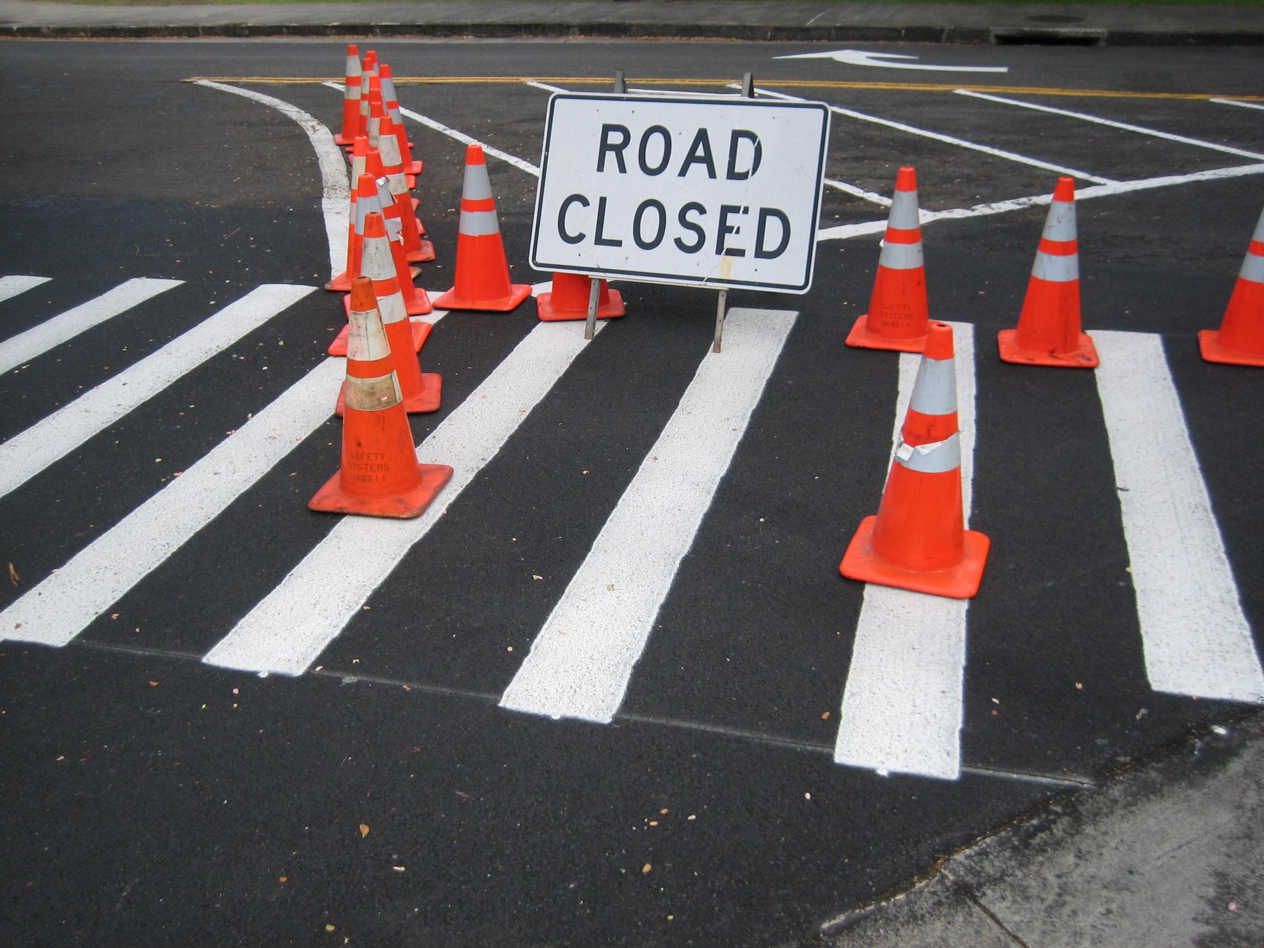 43f56ce2e8274bce5819_0fb624f582d6d13f0d9f_road_closed1_Hugh_Kimura.JPG