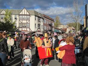 Maplewood Preps for Halloween Costume Contest, photo 1