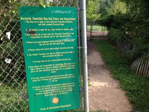 """Paws Park"" sign"