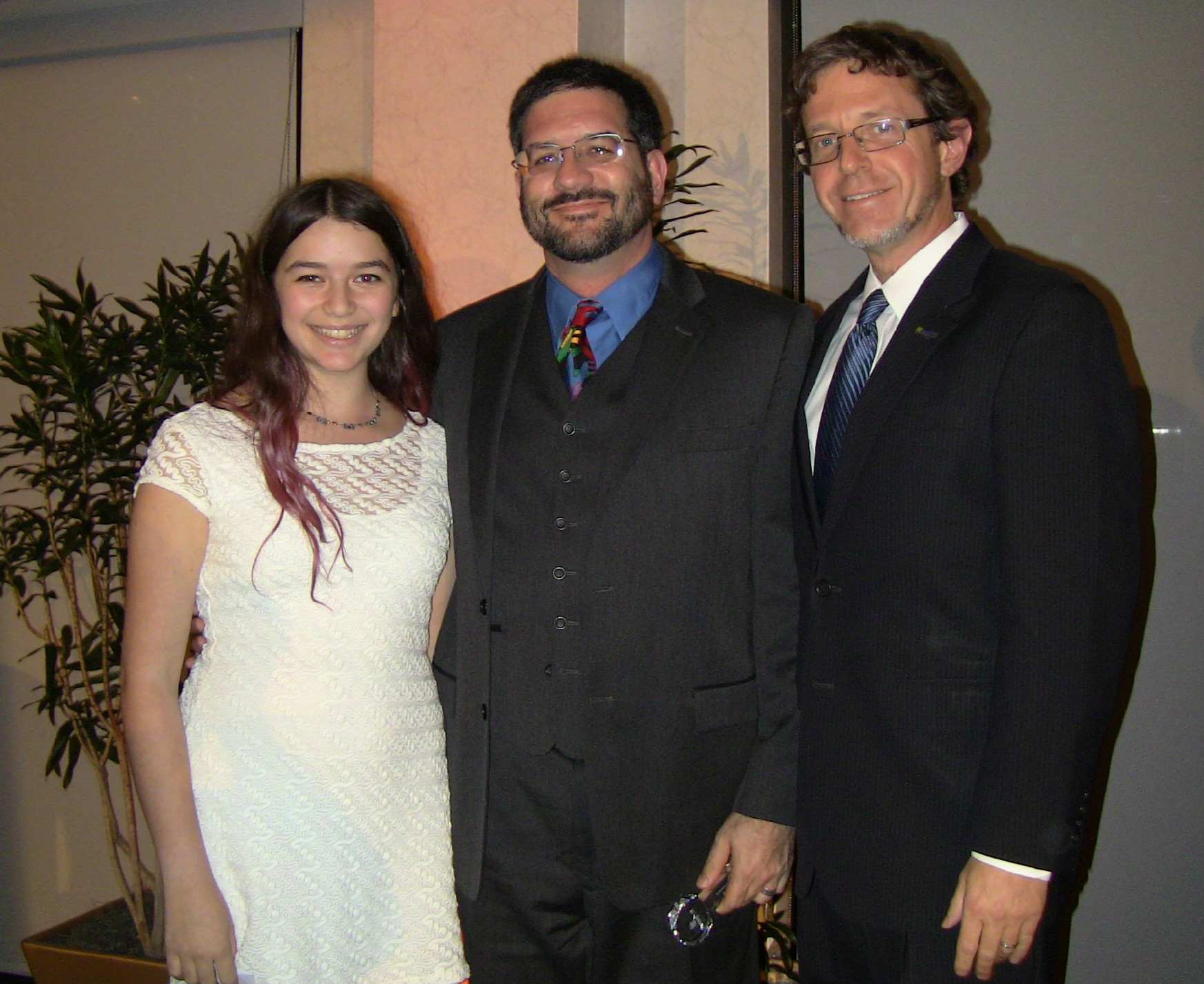 4e37a3b95d6363bea26f_Rabbi-Daughter-Emcee.jpg