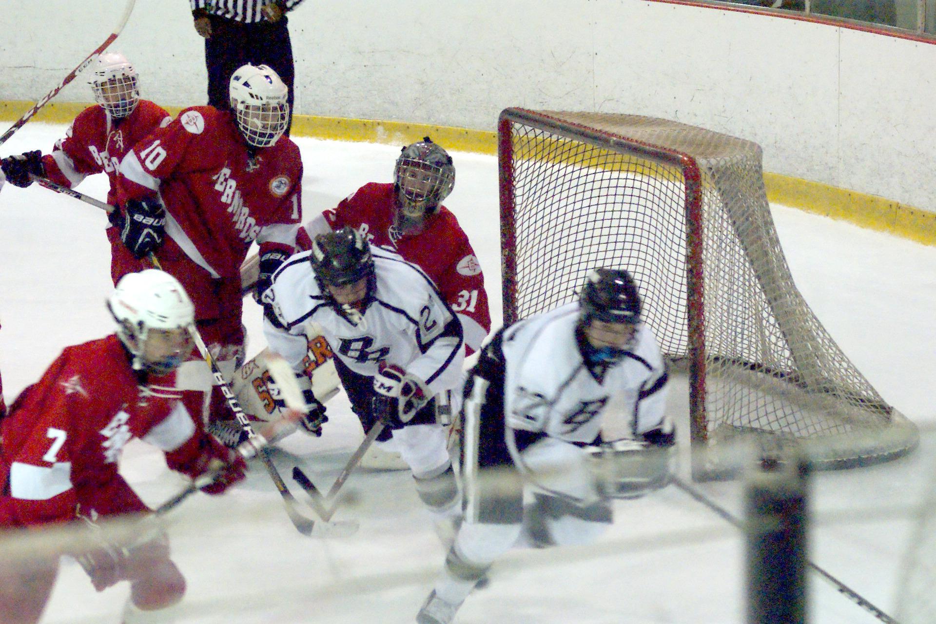 cb88db302ee20035fec7_Ice_Hockey_6.JPG
