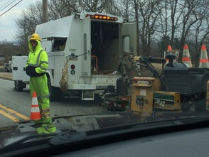 Work Crews Tie Up LP Traffic, photo 3