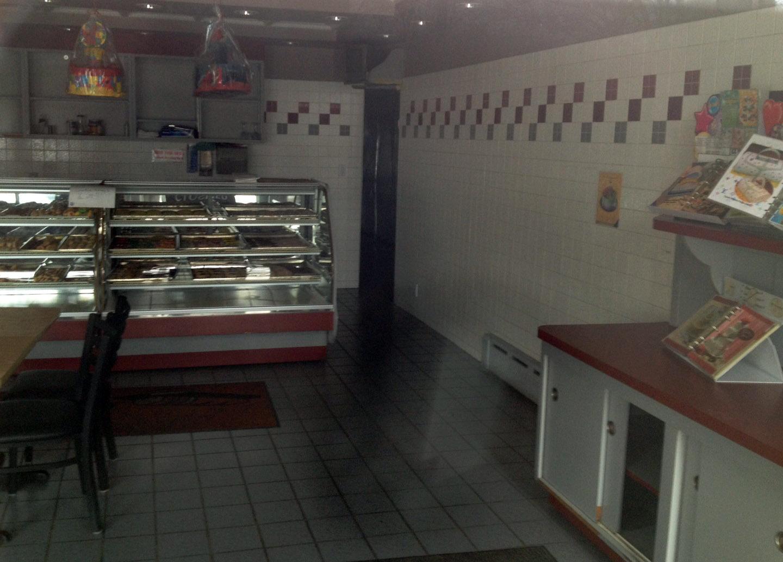 ce70937034c15b0d2690_My_Town_Bakery_inside_2-25-14.jpg