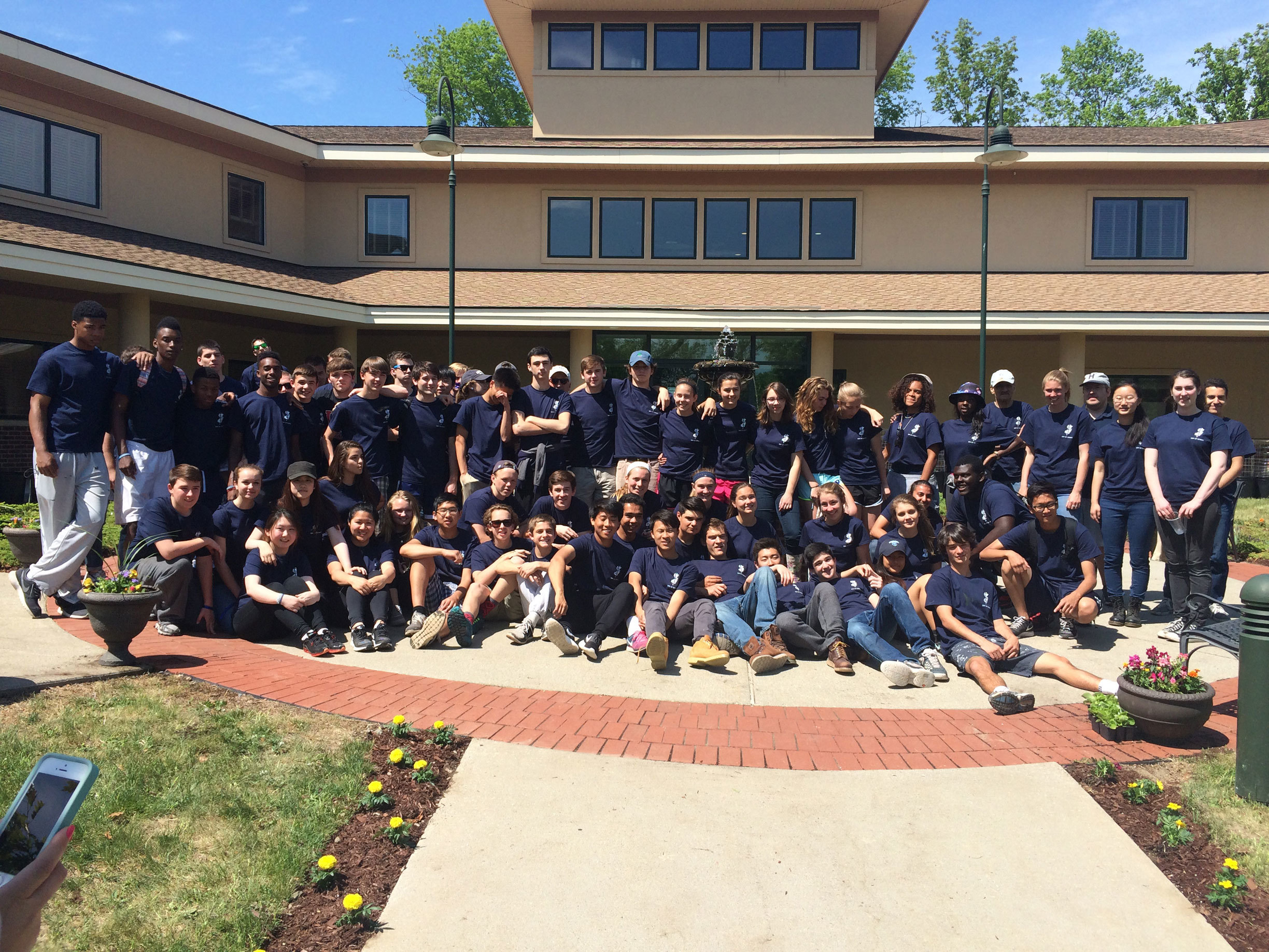 9aec083b7b4f930a944d_Blair-Day-of-Service-Group-Photo_May-2015.jpg