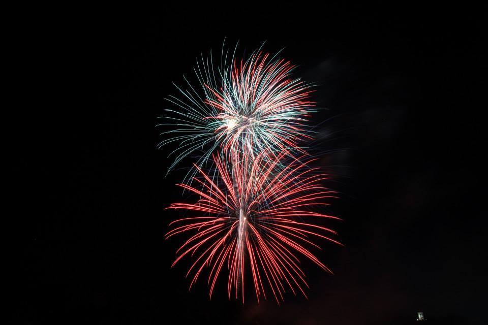 ff8f71ff7def22fc0095_fireworks.jpg