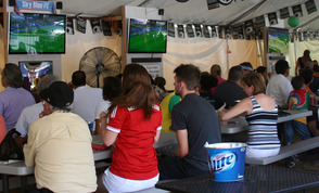 A German Watches the World Cup in America, photo 4