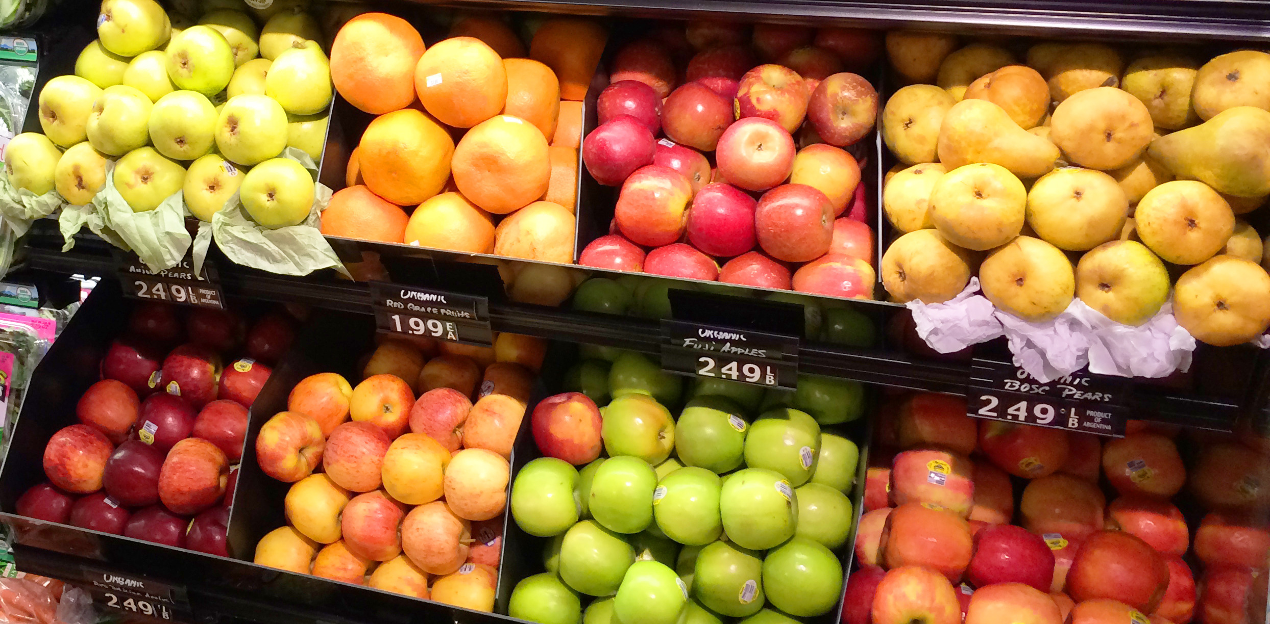 b0be6f8923b2d0da2925_10_Our_fruit_selection_is_inspected_constantly_for_freshness.jpg