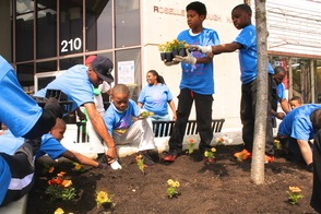 Roselle Comes Together for Community Clean Up Day, photo 35