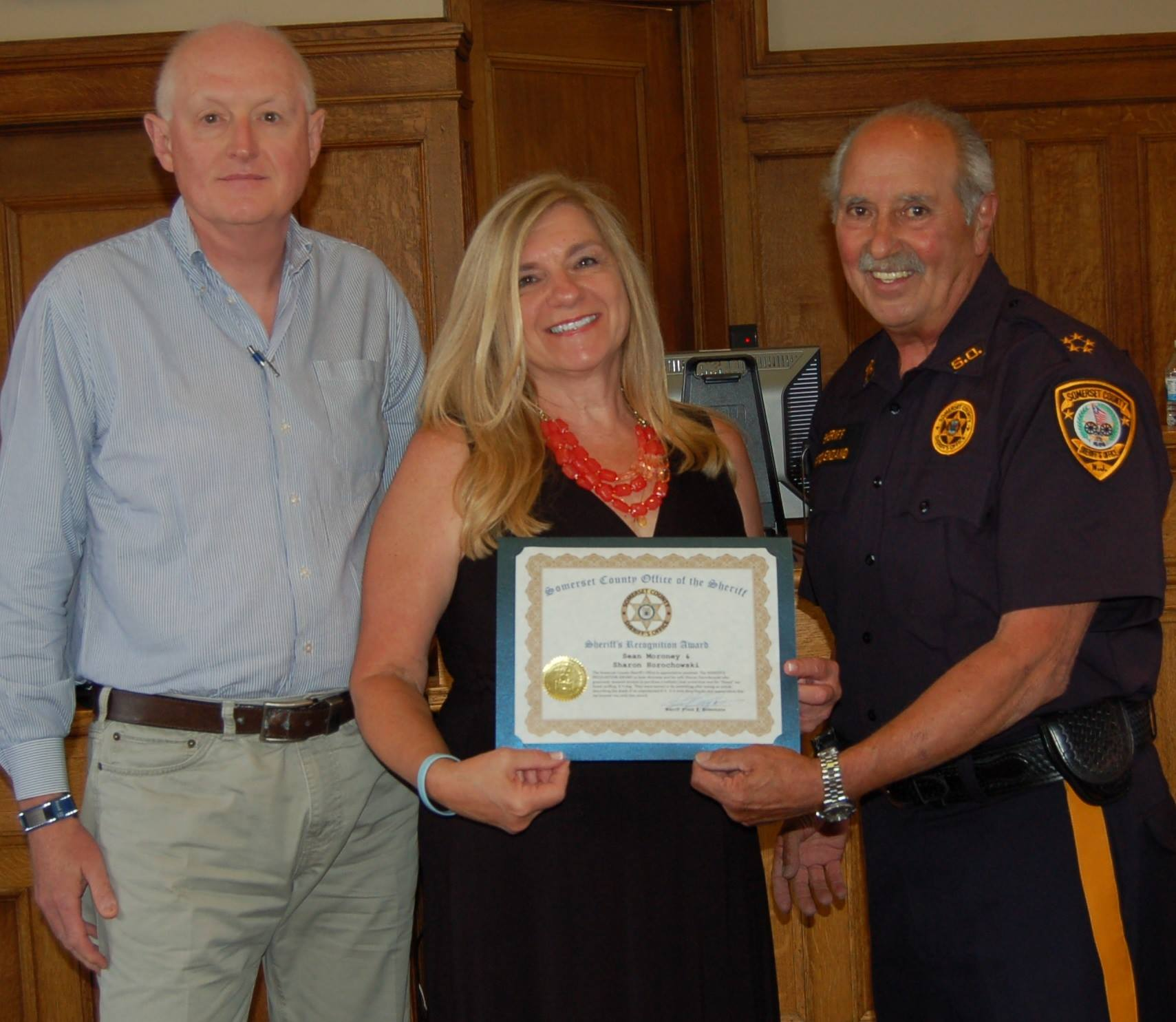 New jersey somerset county flagtown - Hillsborough Residents Sean Moroney Left And Sharon Horochowski Received The Sheriff S Recognition Award From Sheriff Frank Provenzano