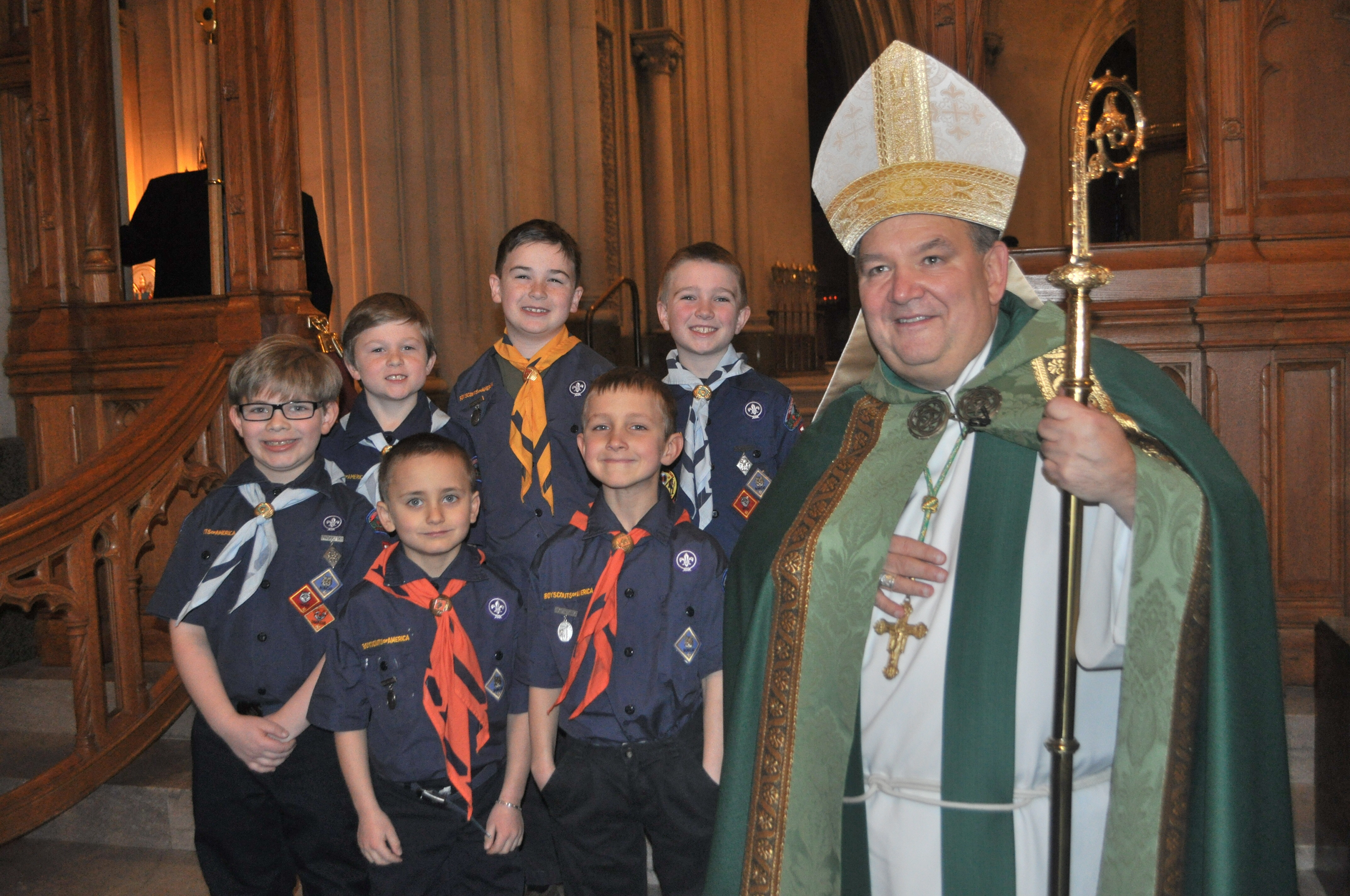 123998deca43f6416110_HTIS_scouts_with_Archbishop_Hebda__1___1_.JPG
