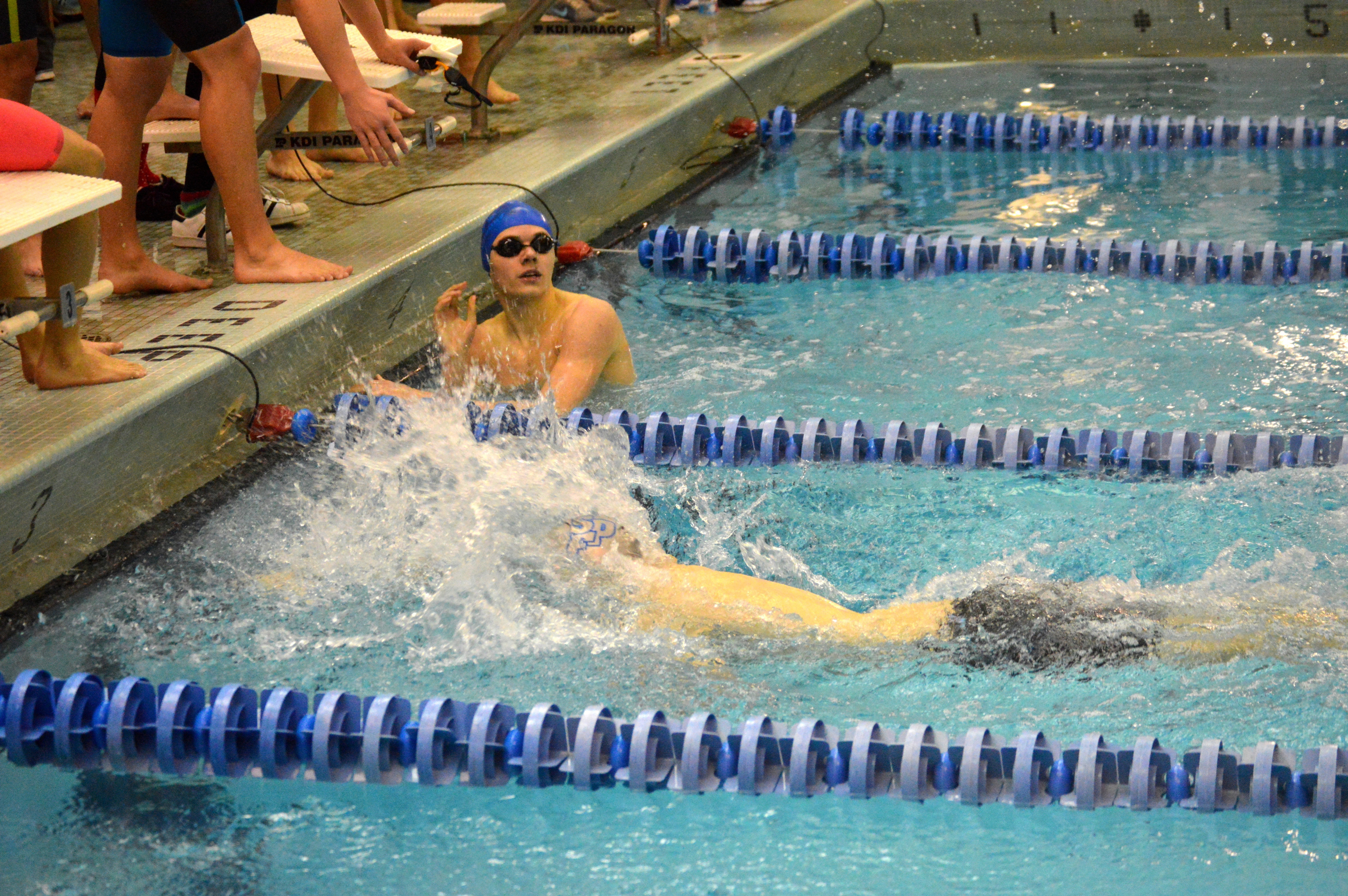 417fb1743b9fce0a4c3d_WF-SPF_-_Josh_Cohen_finishes_second_in_boys_free_relay.JPG