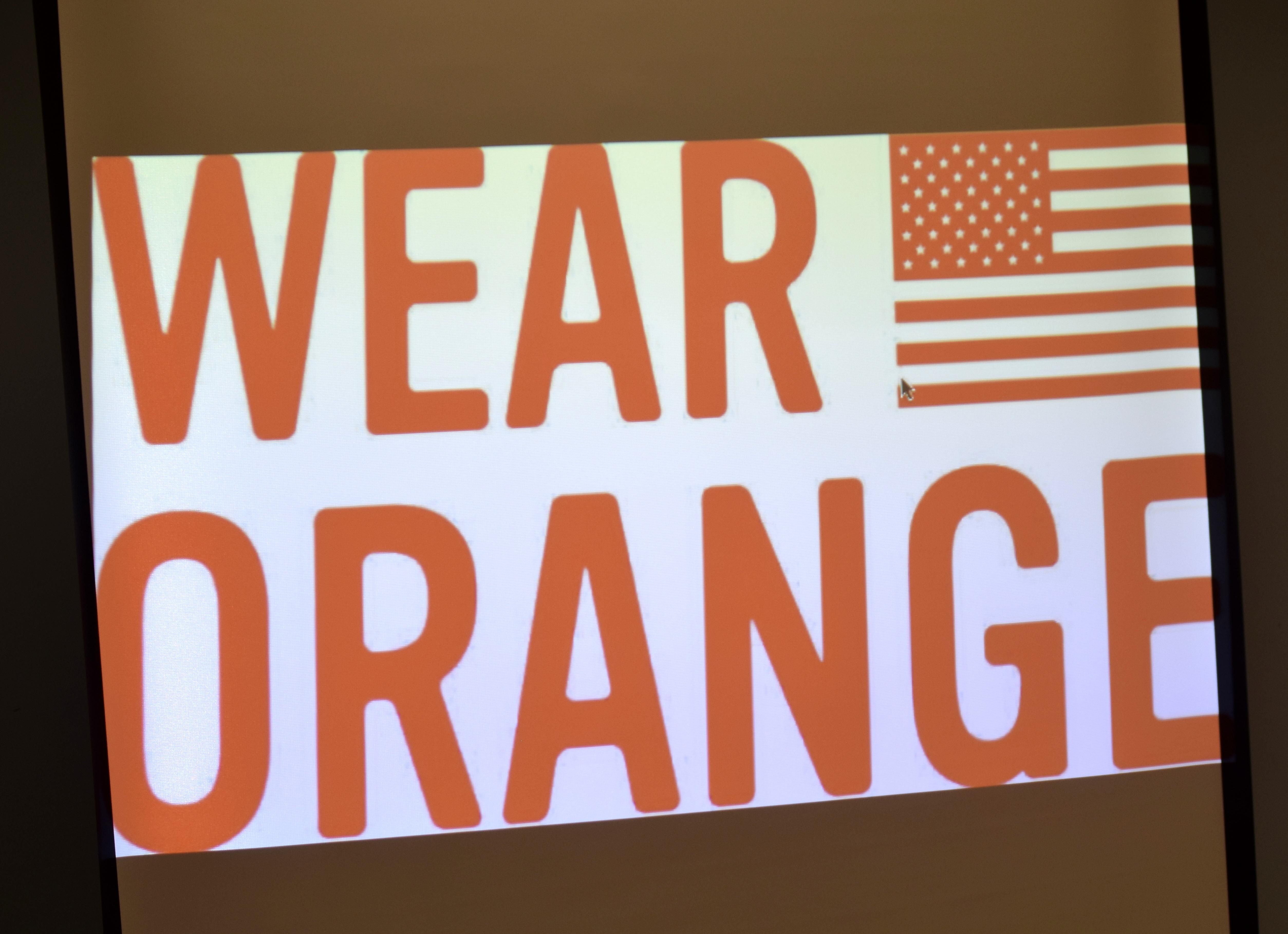 1086410a393d1d7634ec_Wear_Orange.JPG