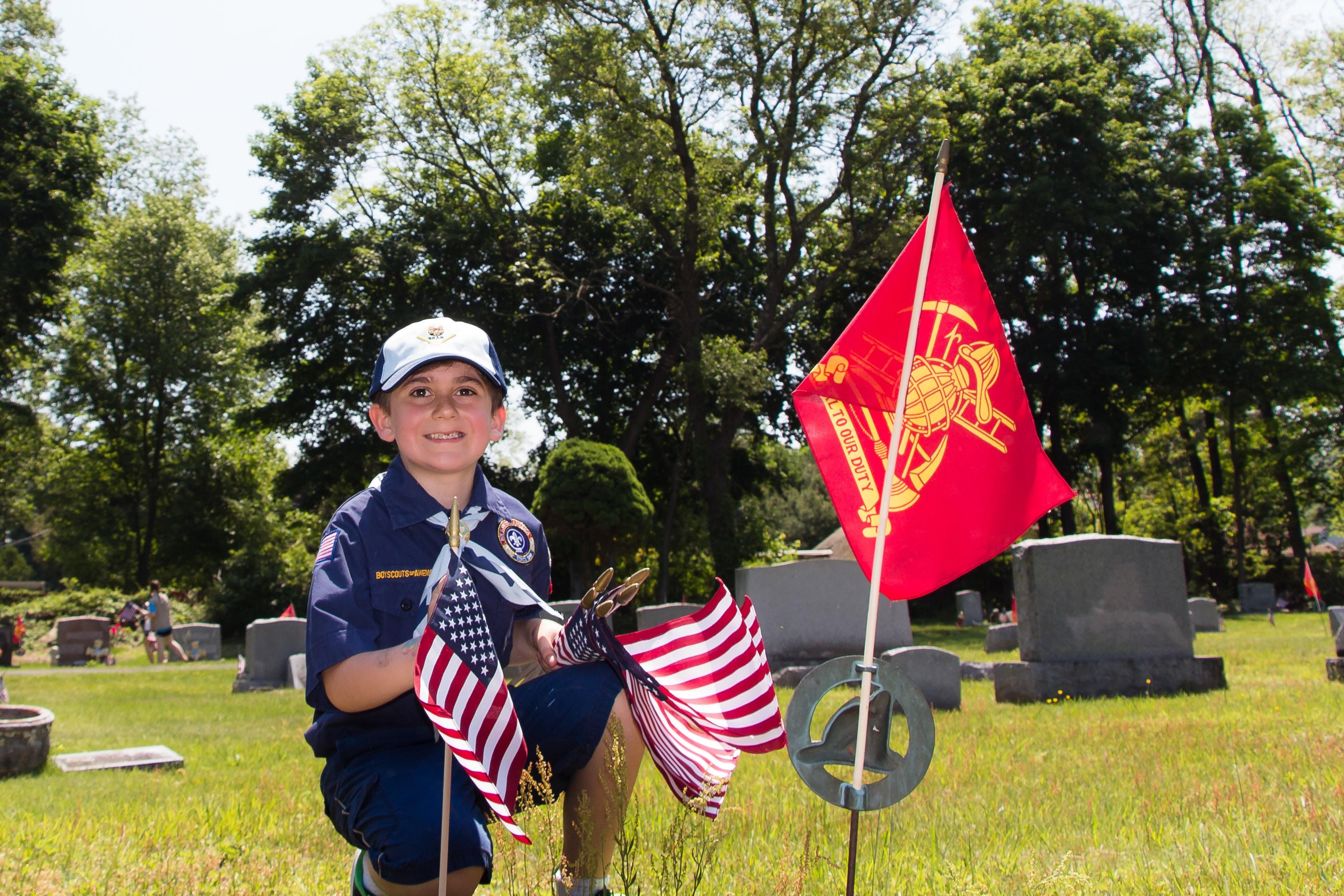 30a238413fec012db5d0_20160528_Boy_Scouts_Memorial_Day_Flag_Settng_081.jpg