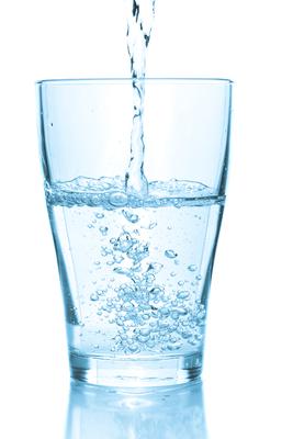 Carousel_image_02892bf41fab9ec21999_water-glass