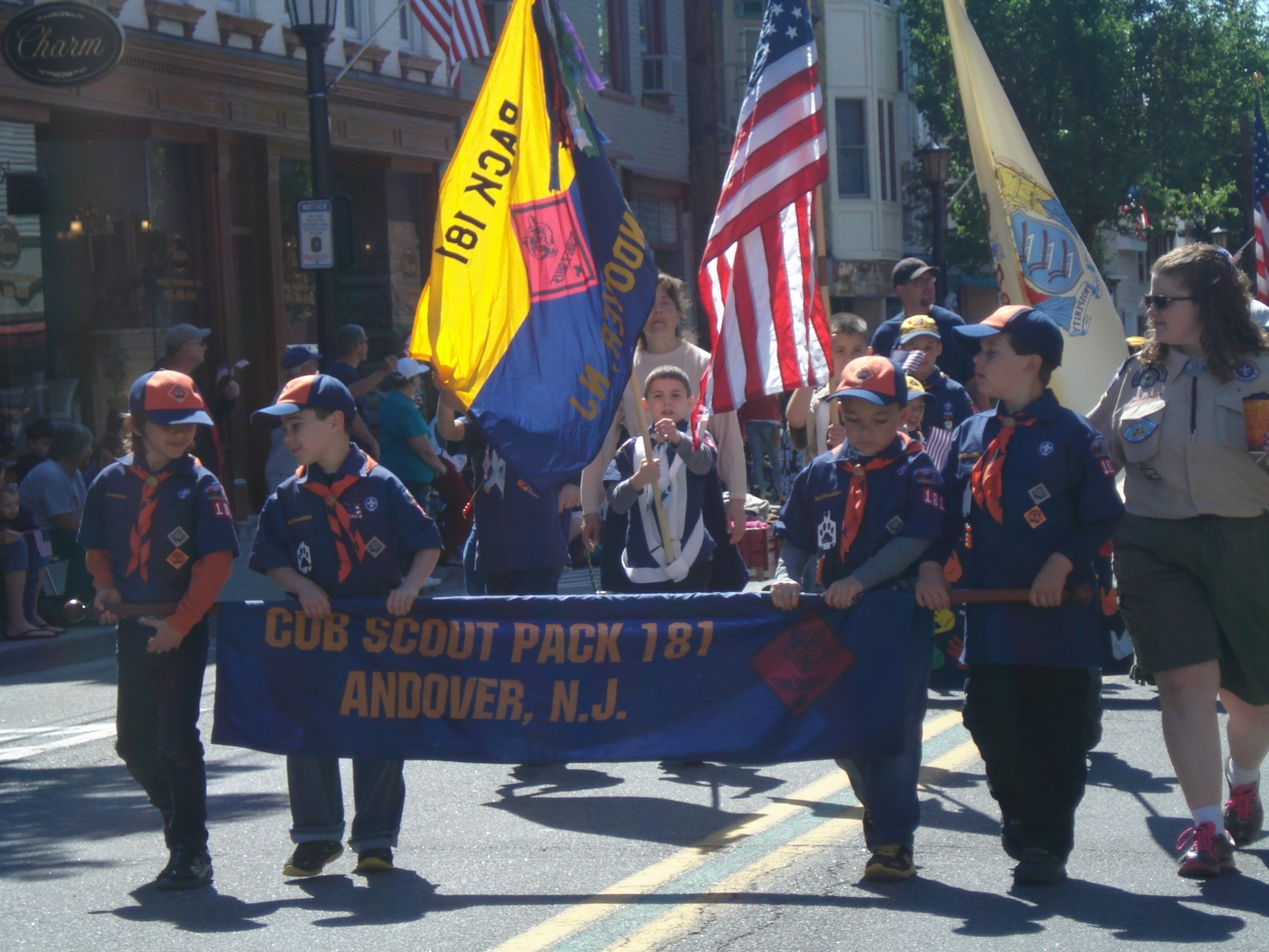 271fca6ecdeb75d41920_Memorial_Day_Parade_013.JPG