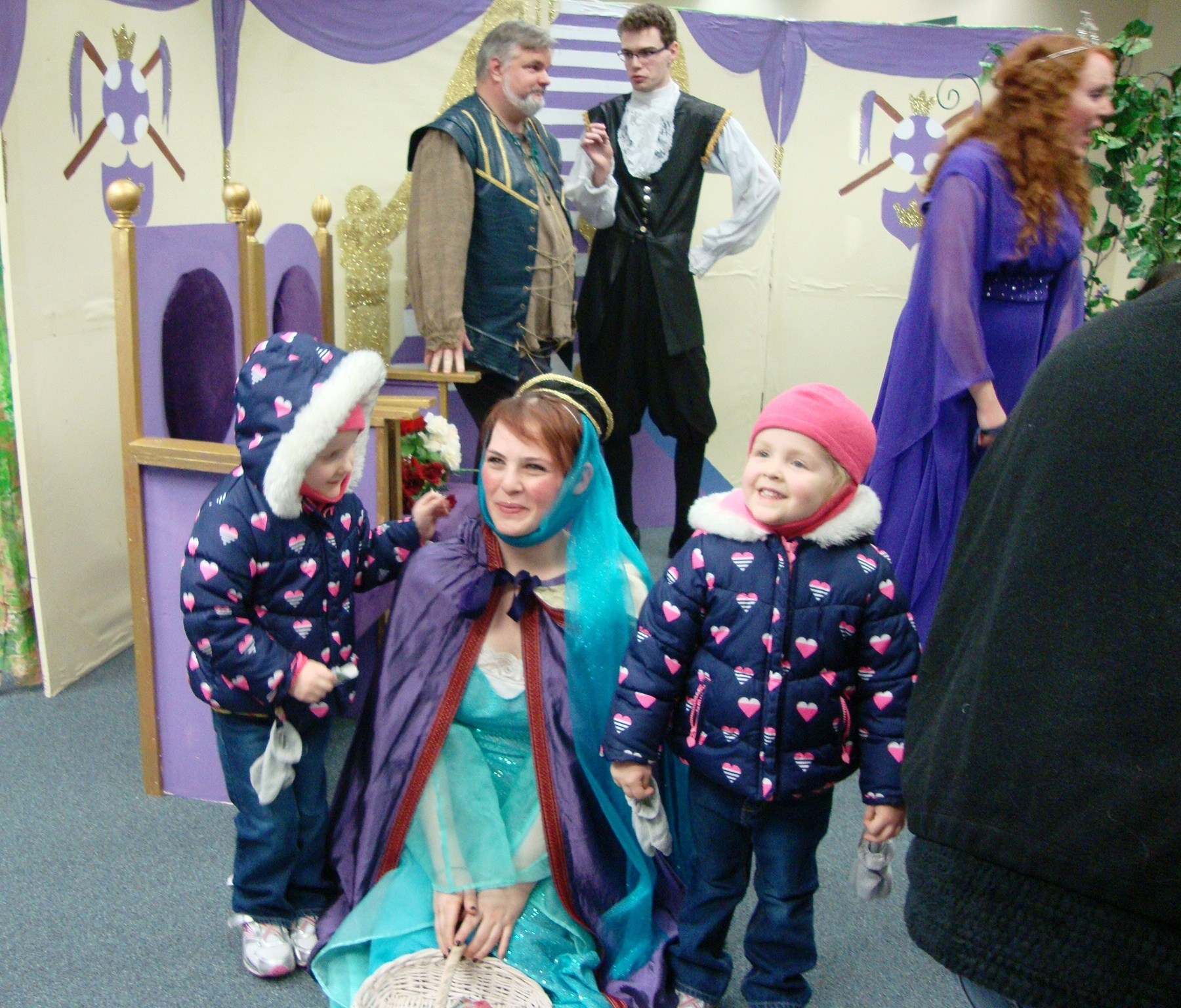 cded32473e270a5085d0_Trilogy_Princess_with_young_fans.JPG