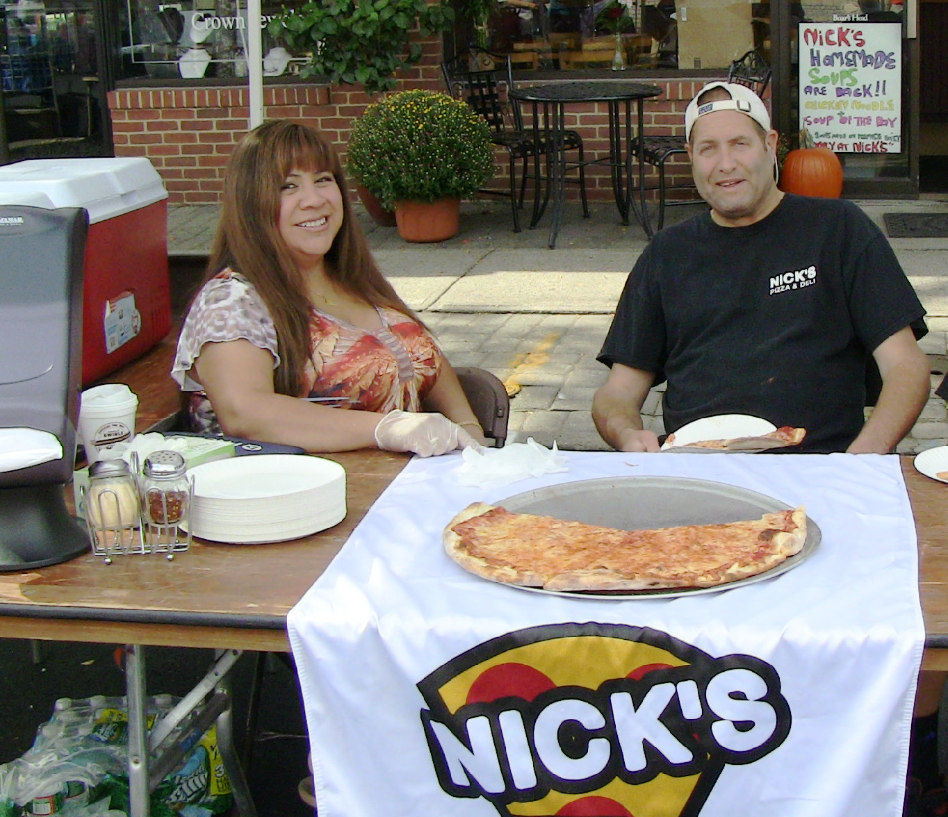 9fb027347e454029457b_Nick_s_Pizza.jpg