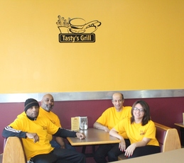 Top_story_919bccc834a41127a991_tastys_grill