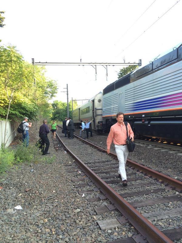 000cc2887843d8b66c56_train..jpg