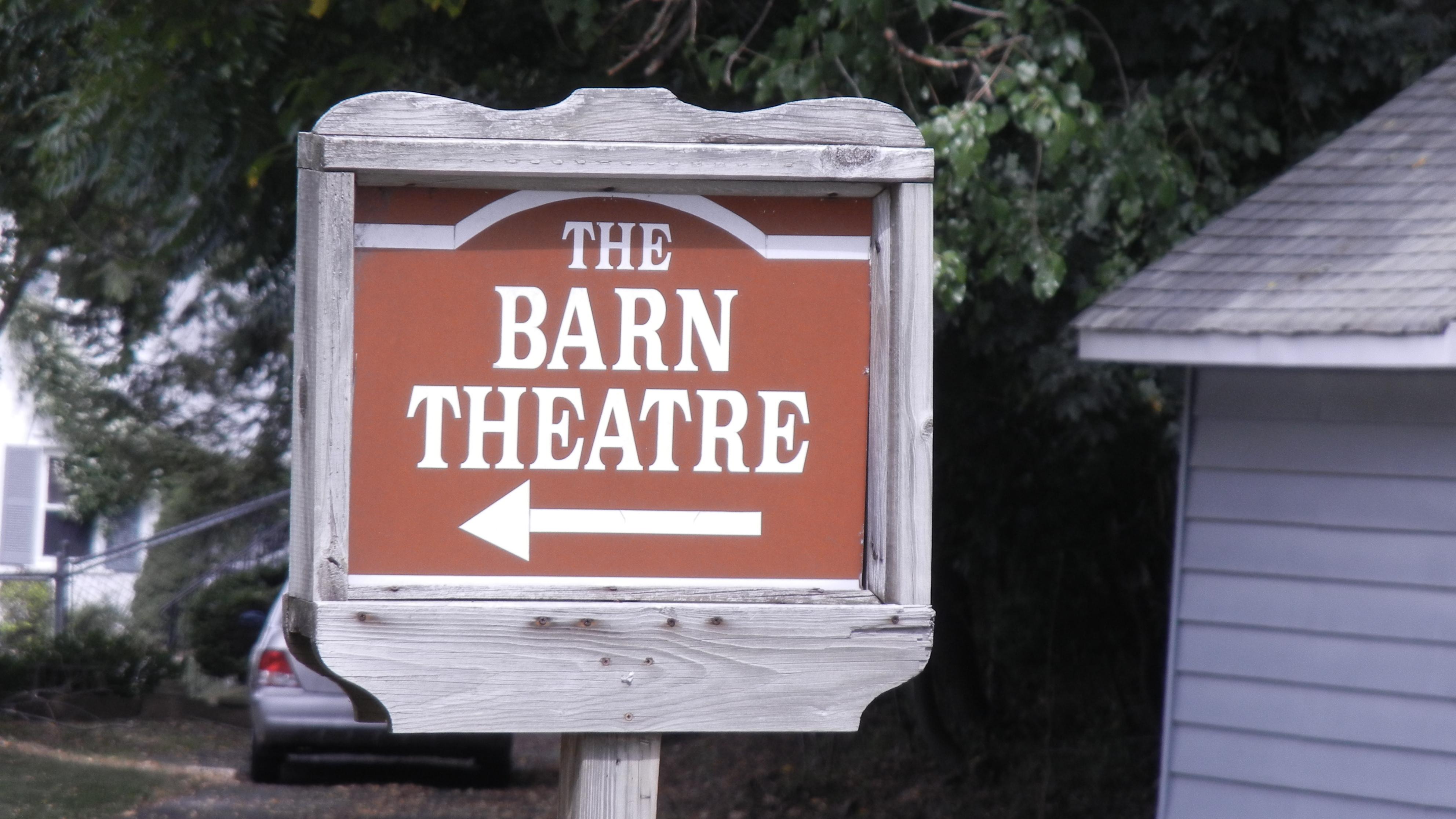 7b8a3a90b49cd29edb22_barn_theatre_12.JPG