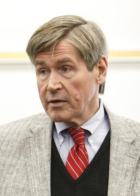 Dr. Thomas Barrett